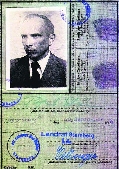 1946 год. Удостоверение, выданное Бандере земельным<br /> советом Старнберга в Германии