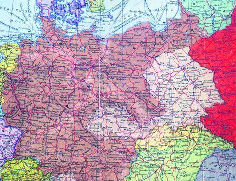 Секретная карта 1939 г. Так были разграничены зоны<br /> влияния СССР и Германии в Восточной Европе