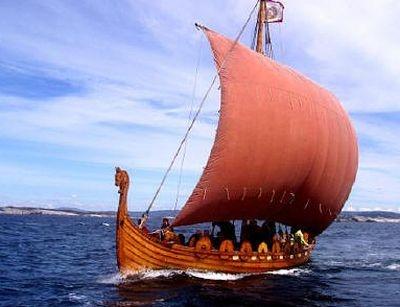 Христианство прошло из Византии на Русь и Скандинавию на ладьях викингов по<br /> пути «из варяг в греки»