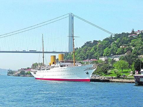 «Саварона». Эта яхта Ататюрка ходит по морям уже 80 лет