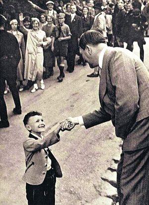 Малыш и Гитлер
