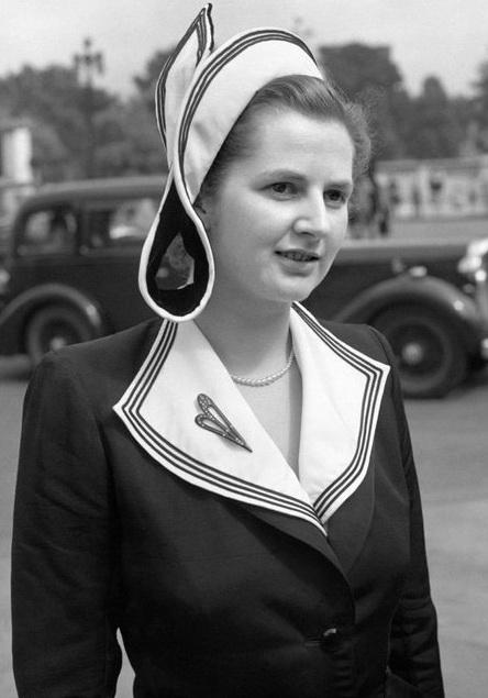 Юная Мэгги еще не знает, что русские назовут ее «железной женщиной», а англичане — «воровкой молока»