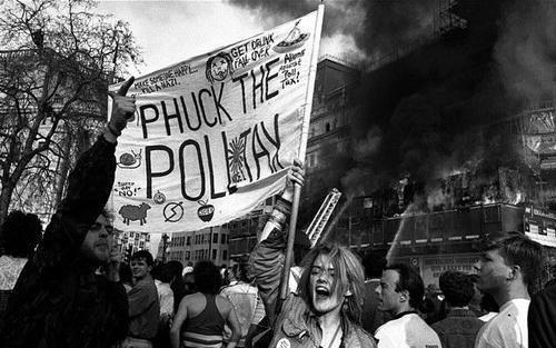 1990 г. Восстание против «подушного налога» снесло Маргарет Тэтчер с кресла премьера