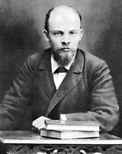 Владимир Ленин. Любил гостить в буржуазном логове фрау Цеткин