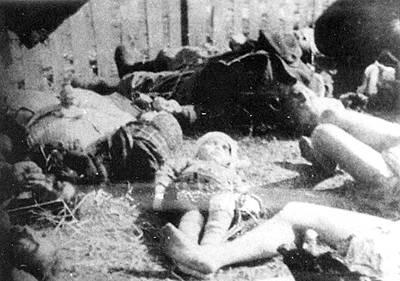 Март 1943. В результате этнической чистки, которую проводила УПА, было уничтожено около 80 тысяч человек. В том числе — детей. Фото www.newzz.in.ua