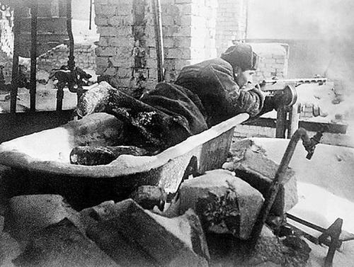 Сталинград. Самое подходящее время для введения погон — чтобы помнили победу