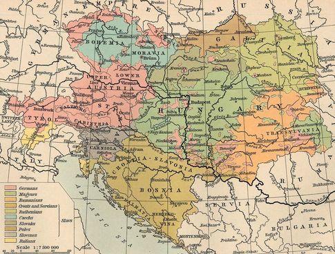 В лоскутную, как тогда шутили, империю<br /> входило более десятка европейских народов