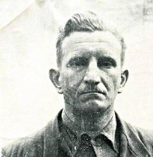 Агенты доносили Шухевичу, что ОУН потеряла влияние в городах. Молодежь пошла в школу и комсомол