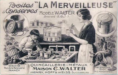 Франция, 20-е годы XX века. Домохозяйки консервировали помидоры, точь-в-точь, как наши бабушки