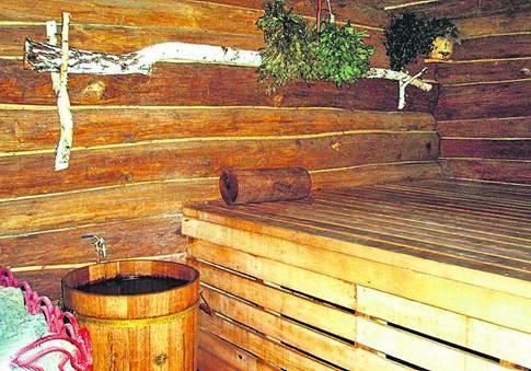 Русская баня. Антураж проще, но пар на 20 градусов жарче, чем в римской