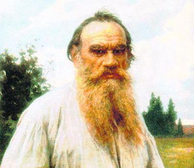 Жандармы искали у священника Ильи Лаголы портрет Николая II и бомбы, которые русские якобы привезли ему на аэроплане. Но нашли только портрет Толстого...