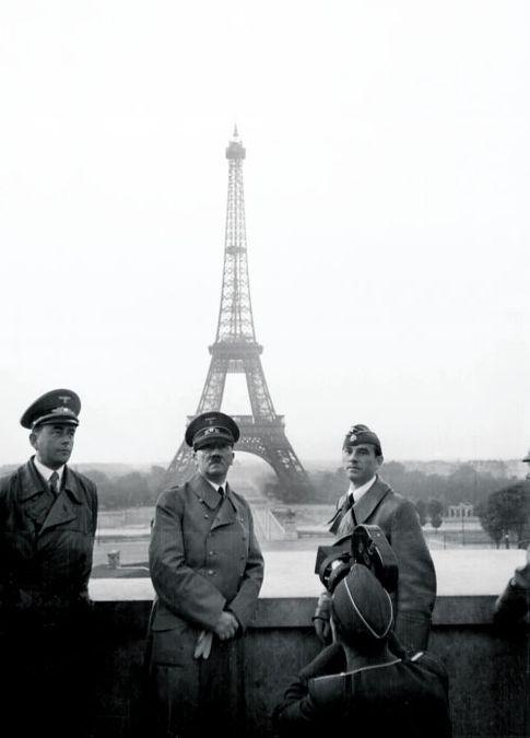 Париж 1940 г. Простой немецкий турист наконец-то в городе своей мечты!