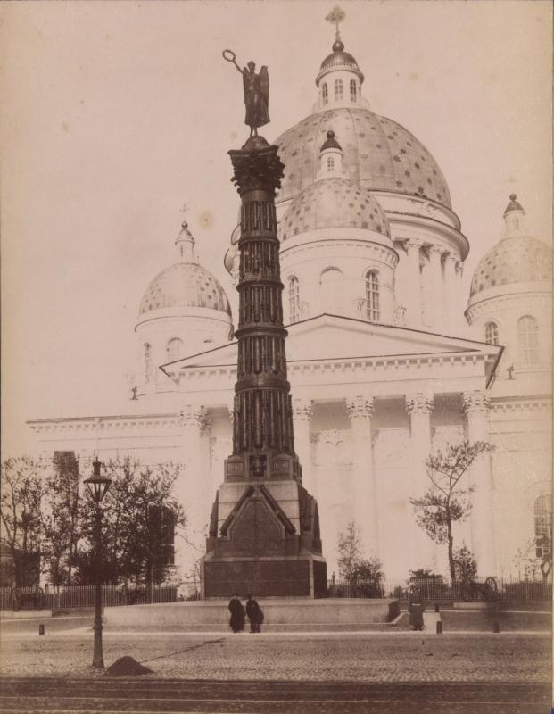 Sankt-Peterburg-fotoalbom-Zhan-Batist-Avanzo_14.jpg