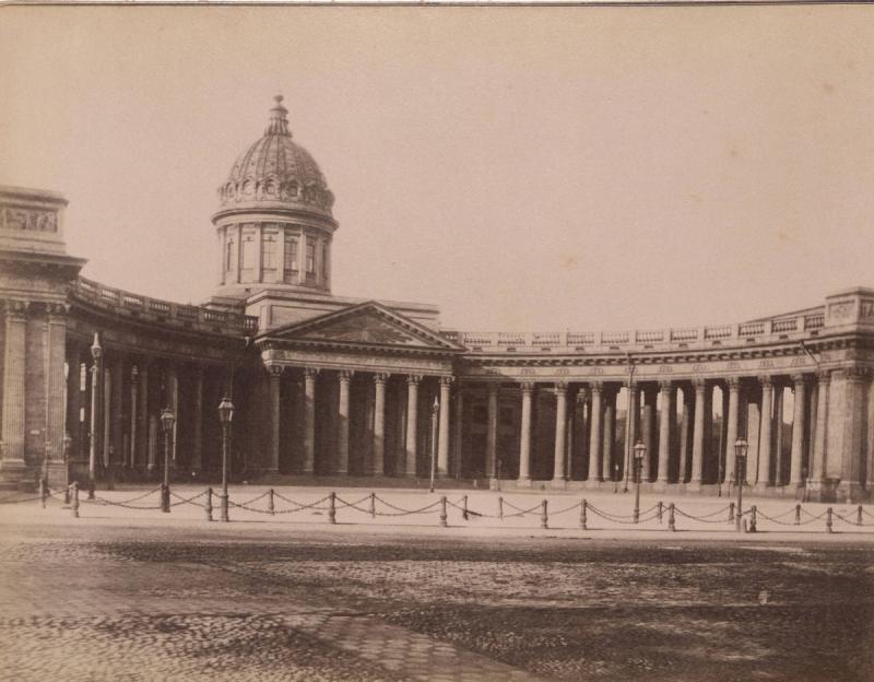 Sankt-Peterburg-fotoalbom-Zhan-Batist-Avanzo_7.jpg