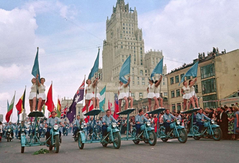 festival_molodezhi__studentov_Moskva_1957.jpg_10.jpg