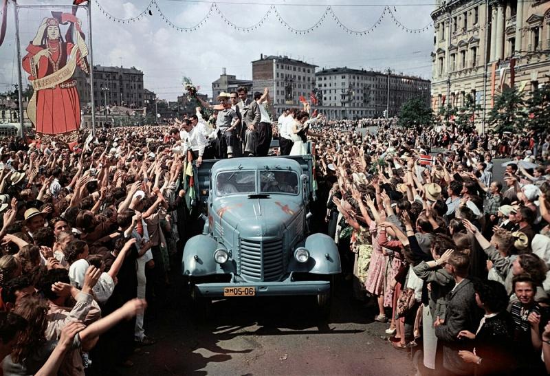 festival_molodezhi__studentov_Moskva_1957.jpg_20.jpg