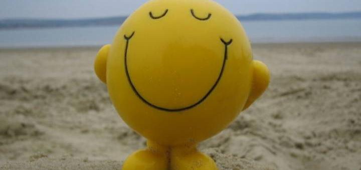 28-smiley-face-on-beach-720x340.jpg